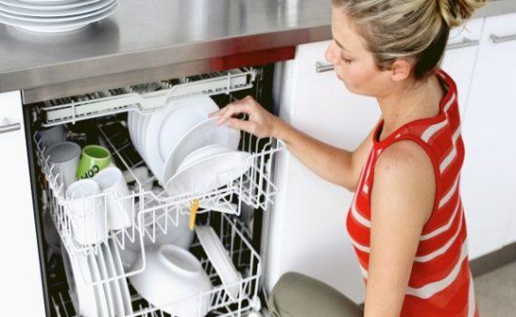 Mẹo và cách sử dụng máy rửa bát và bột muối rửa bát